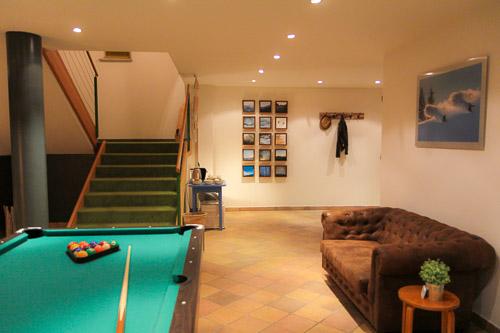 poolroom 2